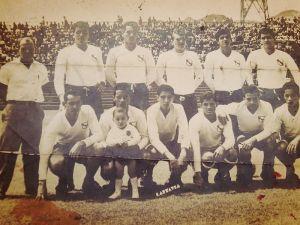 Deportivo Nicolás Marín a inicio de los 60´s con el goleador Roy Sáenz